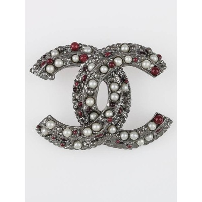 Chanel Red/White Beaded CC Brooch