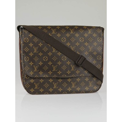 Louis Vuitton Monogram Canvas Beaubourg GM Messenger Bag