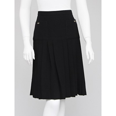 Chanel Black Wool Pleated Skirt Size 8/40