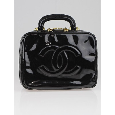 Chanel Black Patent Leather CC Cosmetic Travel Case Bag