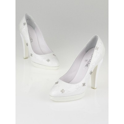 Chanel White Glitter Patent Leather Crystal CC Star Pumps Size 7/37.5