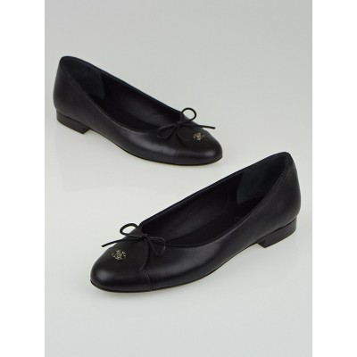 Chanel Black Leather CC Cap Toe Flats Size 8.5/39