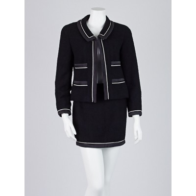 Chanel Black Wool Skirt Suit Size 6/38