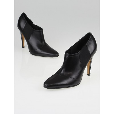 Manolo Blahnik Black Leather Elastic Booties 5.5/36