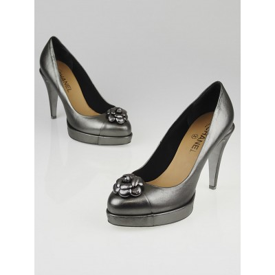 Chanel Silver Metallic Leather Camellia Platform Pumps Size 8.5/39