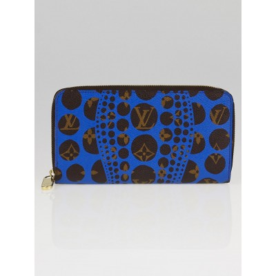 Louis Vuitton Limited Edition Yayoi Kusama Cosmic Blue Monogram Pumpkin Dots Zippy Wallet