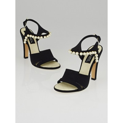 Chanel Black Grosgrain Faux Pearl Sandals Size 7/37.5