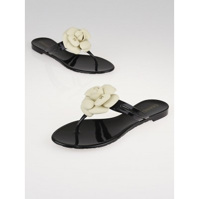 Chanel Black Rubber Camellia Flower Thong Sandals Size 7.5/38