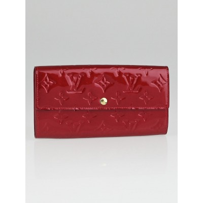 Louis Vuitton Pomme D'Amour Monogram Vernis Sarah Wallet