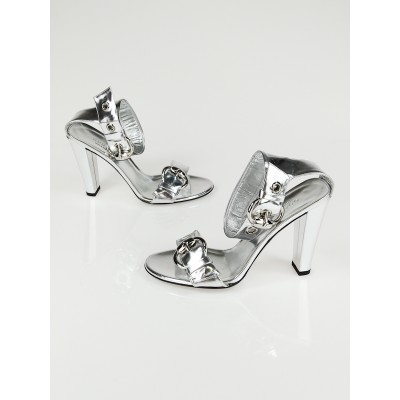 Gucci Metallic Silver Leather Ankle Strap  Open-Toe Heels Size 6