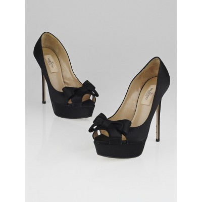Valentino Black Satin Bow Peep Toe Platform Pumps Size 5/35.5