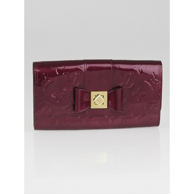 Louis Vuitton Rouge Fauviste Monogram Vernis Sarah Noeud Wallet