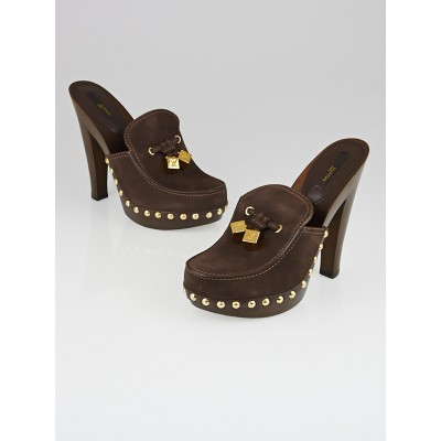 Louis Vuitton Brown Suede Studded Clogs Size 8/38.5