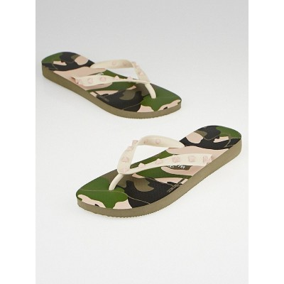 Valentino by Havaianas Camouflage Rockstud Rubber Thong Sandals Size 7/8