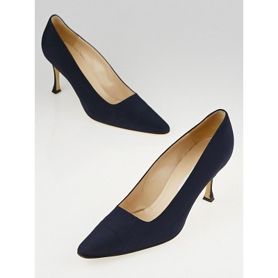 Manolo Blahnik Navy Blue Fabric Pointed Toe Pumps Size 9.5/40
