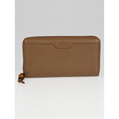 Gucci Brown Leather Hip Bamboo Zip Around Wallet