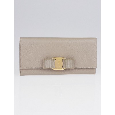 Salvatore Ferragamo Grey Saffiano Luxe Leather Vera Bow Wallet