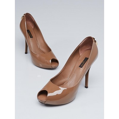 Louis Vuitton Taupe Patent Leather Oh Really! Peep Toe Pumps Size 7/37.5