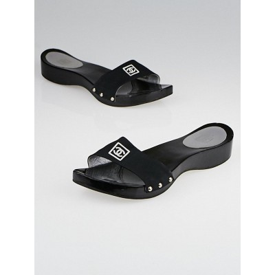 Chanel Black Lucite Slide Sandals Size 8