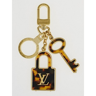 Louis Vuitton Tortoise Shell Resin Confidence Key Holder and Bag Charm