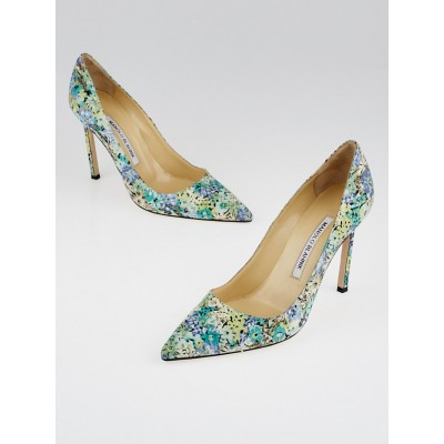 Manolo Blahnik Blue Floral Canvas Pumps Size 6.5/37