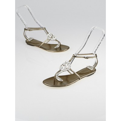 Gucci Metallic Grey Leather GG Sparkling Thong Flat Sandals Size 5.5/36