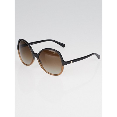 Chanel Black and Brown Frame Oval Signature - 5123