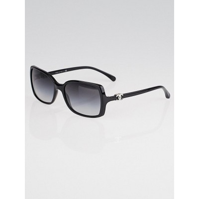 Chanel Black Frame CC Logo Sunglasses-5218