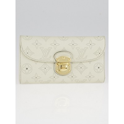 Louis Vuitton Lin Monogram Mahina Leather Amelia Wallet