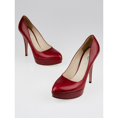 Prada Red Leather Classic Platform Pumps Size 7/37.5
