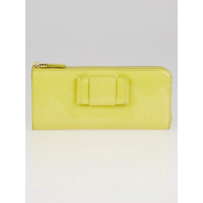 Miu Miu Ananas Patent Leather Continental Wallet 5M1183