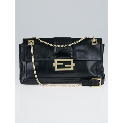 Fendi Black Glazed Leather Baguette Chain Flap Bag 8BT139