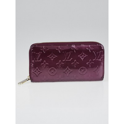 Louis Vuitton Violette Monogram Vernis Zippy Wallet