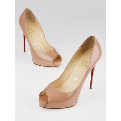 Christian Louboutin Nude Patent Leather Peep-Toe Pumps Size 8/38.5