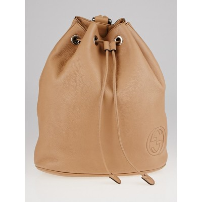 Gucci Camellia Pebbled Leather Soho Drawstring Backpack Bag