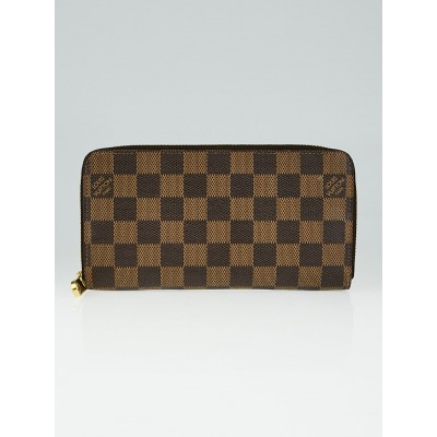 Louis Vuitton Damier Canvas Zippy Wallet