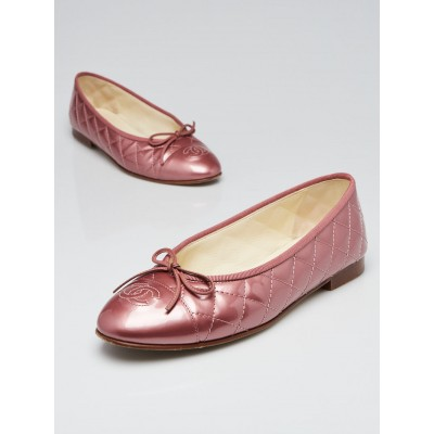 Chanel Rose Quilted Patent Leather CC Cap Toe Ballet Flats Size 8/38.5