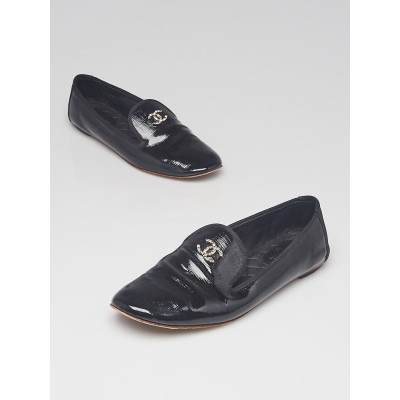 Chanel Black Patent Leather CC Moccasin Loafers Size 8/38.5