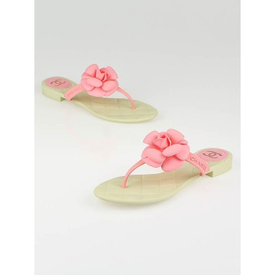 Chanel Pink Rubber Camellia Flower Thong Sandals Size 8.5/39