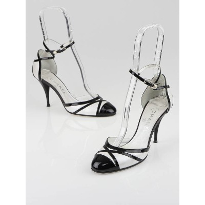 Chanel Black Patent Leather and White Leather Ankle Strap Heels Size 7/37.5