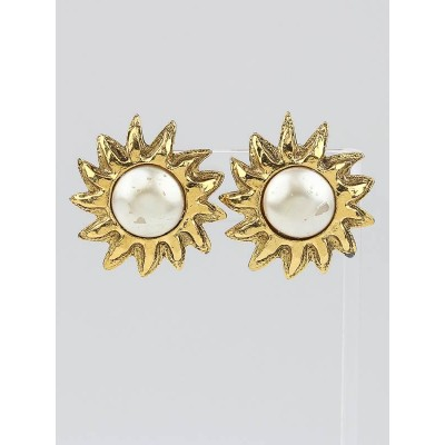 Chanel Vintage Faux Pearl and Goldtone Sun Clip-On Earrings