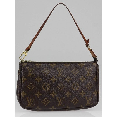 Louis Vuitton Monogrm Canvas Accessories Pochette Bag