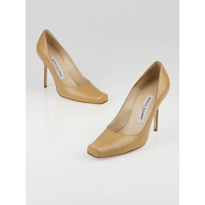 Manolo Blahnik Nude Leather Square Toe Pumps Size 6/36.5
