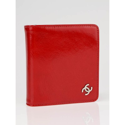 Chanel Red Patent Leather CC Logo Compact Zip Wallet