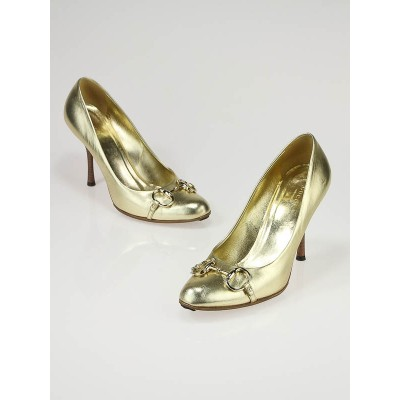 Gucci Gold Leather Round Toe Horsebit Pumps Size 9