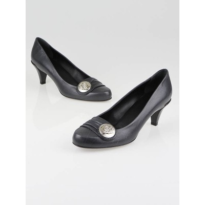 Gucci Grey Leather Darwin Crest Pumps Size 6/36.5