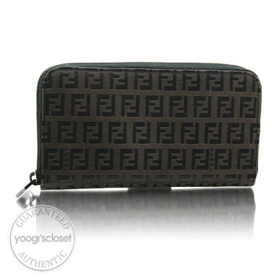 Fendi Black/Dk Brown Zucchino Zip-Around Long Wallet