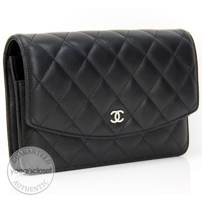 Chanel Black Quilted Lambskin Wallet-Clutch