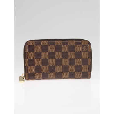 Louis Vuitton Damier Canvas Portefeuille Zippy Compact Wallet