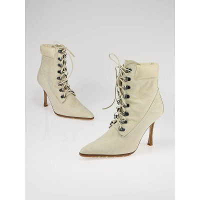 Manolo Blahnik Beige Hiking Booties Size 6.5/37